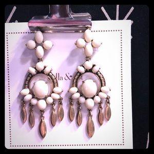 Versatile Havana style earrings. White, gorgeous.